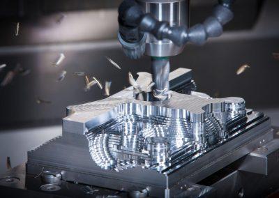 Gépi és CNC forgácsoló